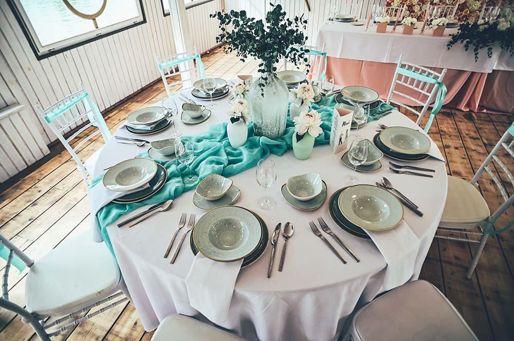 asztali dekoració körasztalra esküvőre