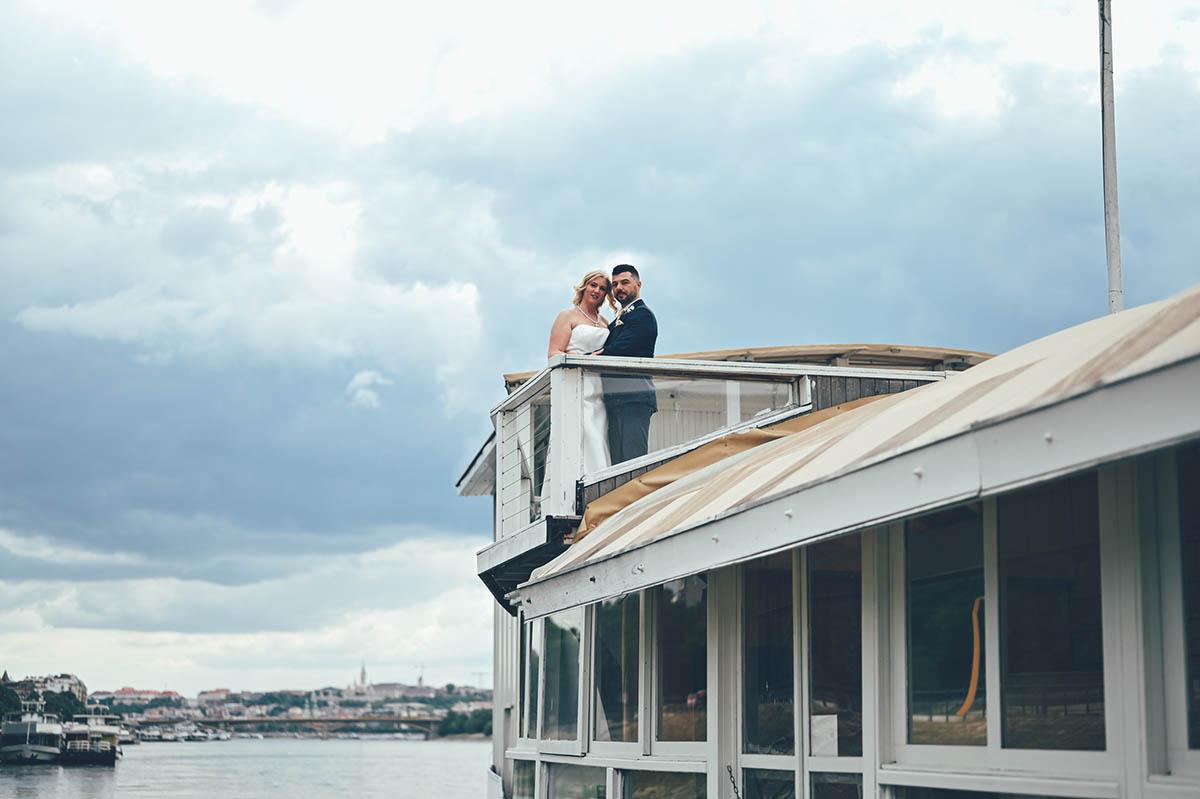 esküvő hajó